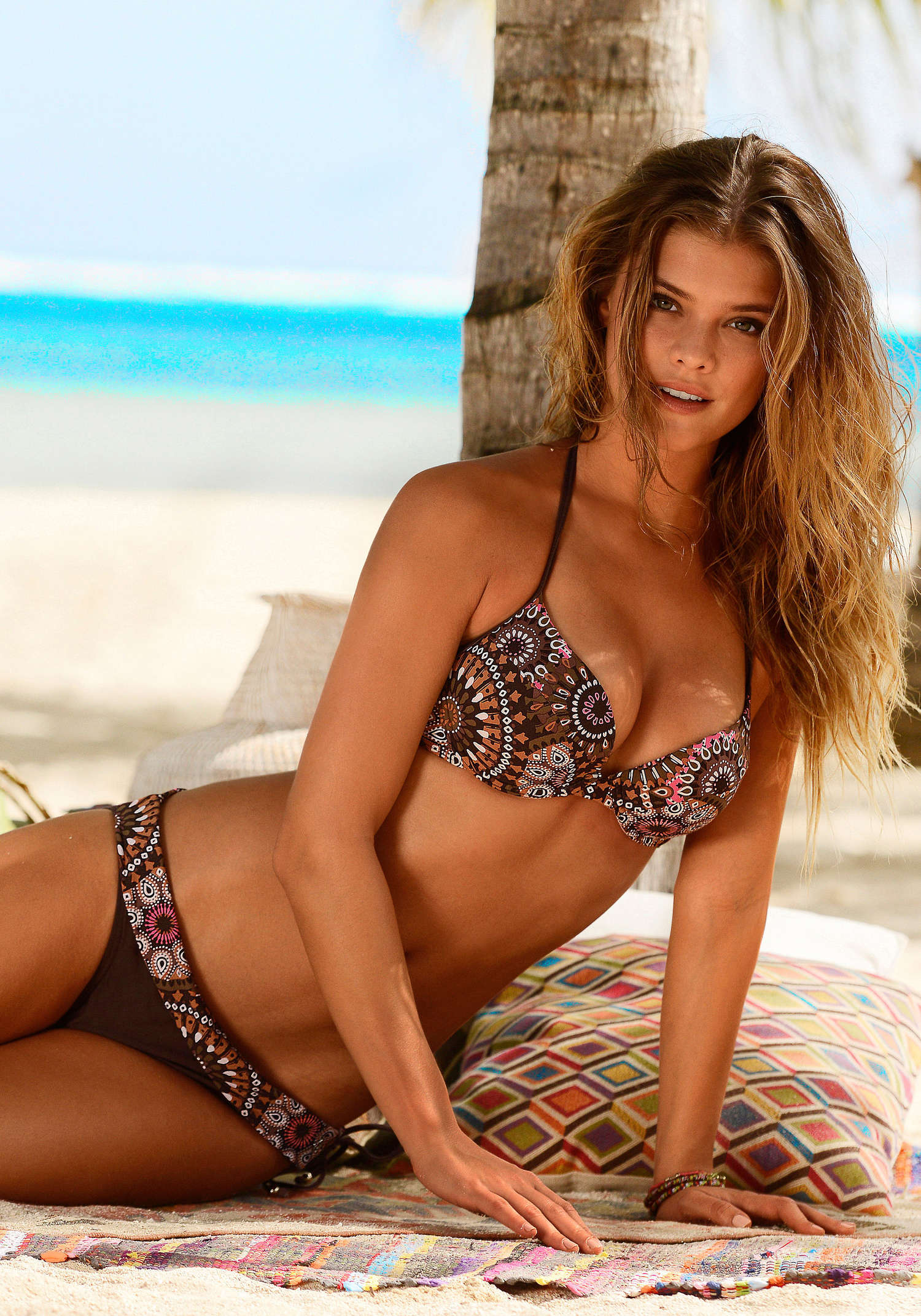 nina agdal s oliver swimwear 2014 02 gotceleb. Black Bedroom Furniture Sets. Home Design Ideas