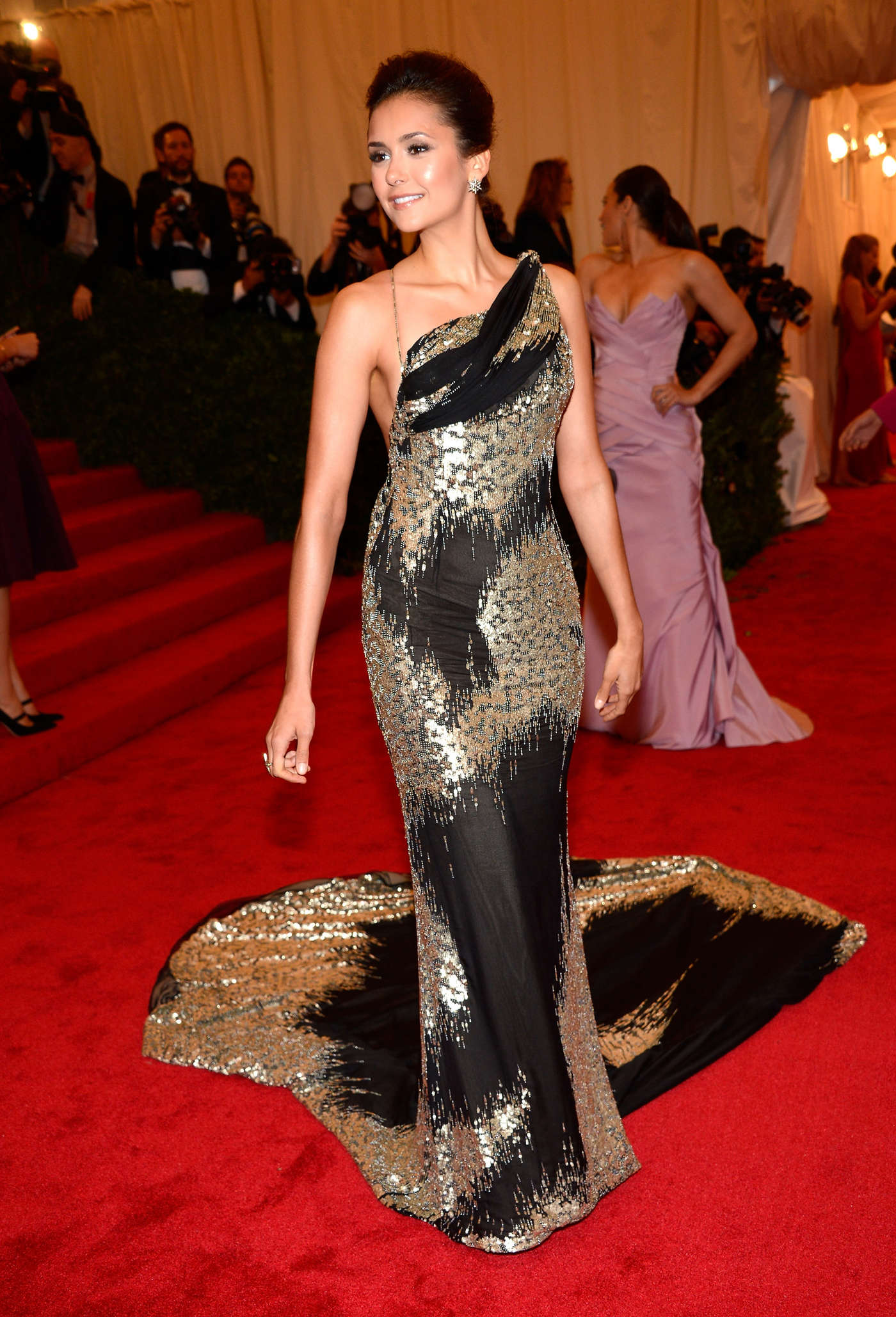 Nina Dobrev 2012 Metropolitan Museum Of Art In New York