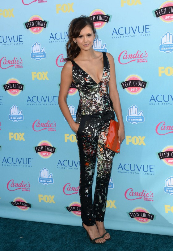 Nina Dobrev - Teen Choice Awards 2013 -02