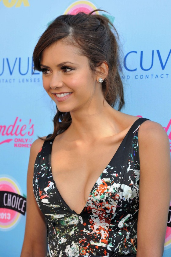 Nina Dobrev – Teen Choice Awards 2013 -11