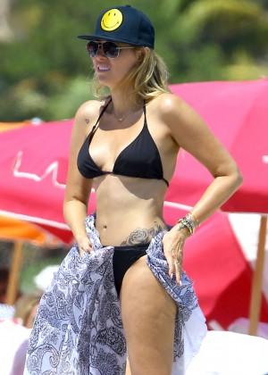 Noah Cyrus, Tish Cyrus and Brandy Cyrus: Wearing Bikinis in Miami -03