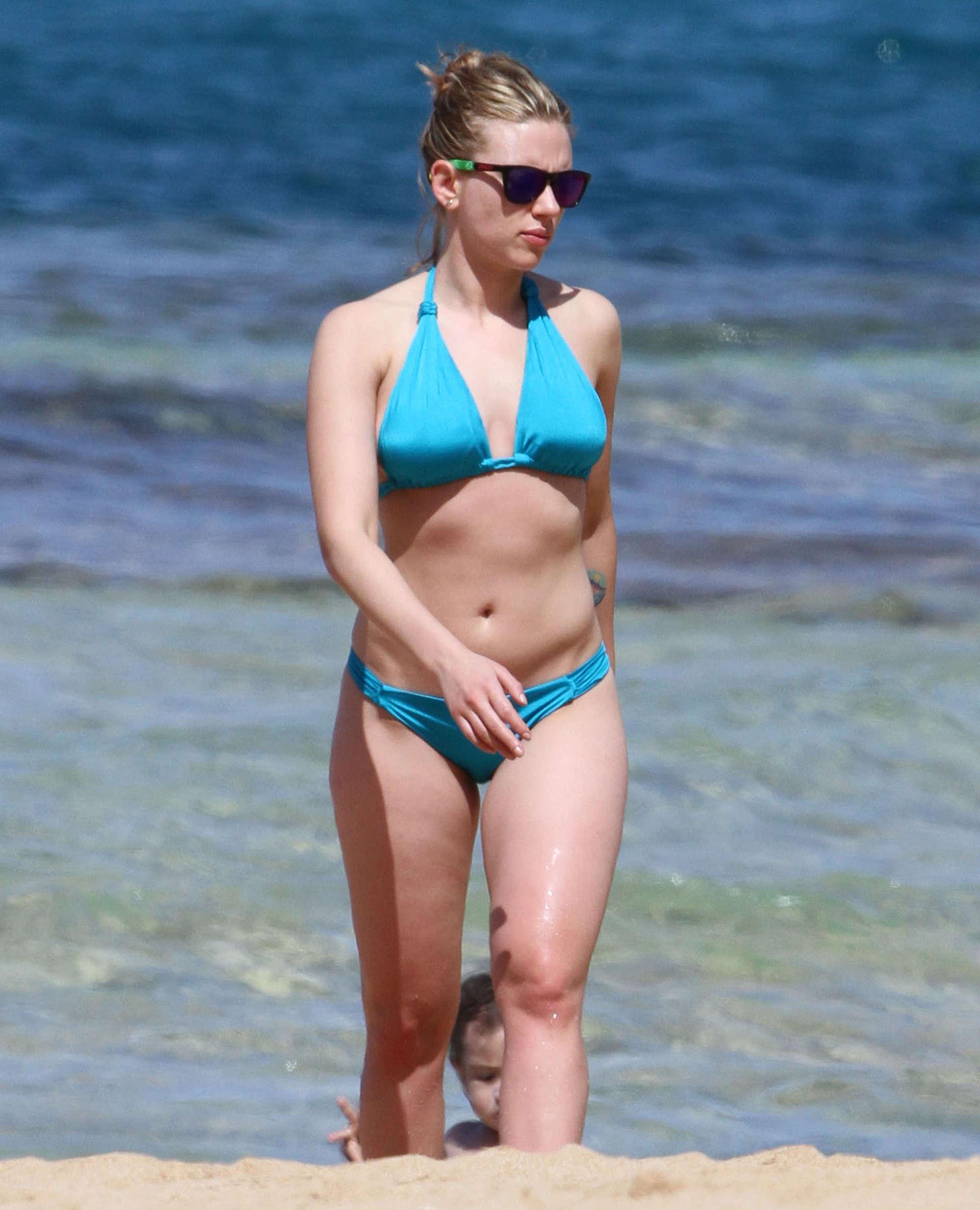 Scarlett Johansson Bikini pics from Hawaii 2012-44 - GotCeleb Maggie Gyllenhaal Diet