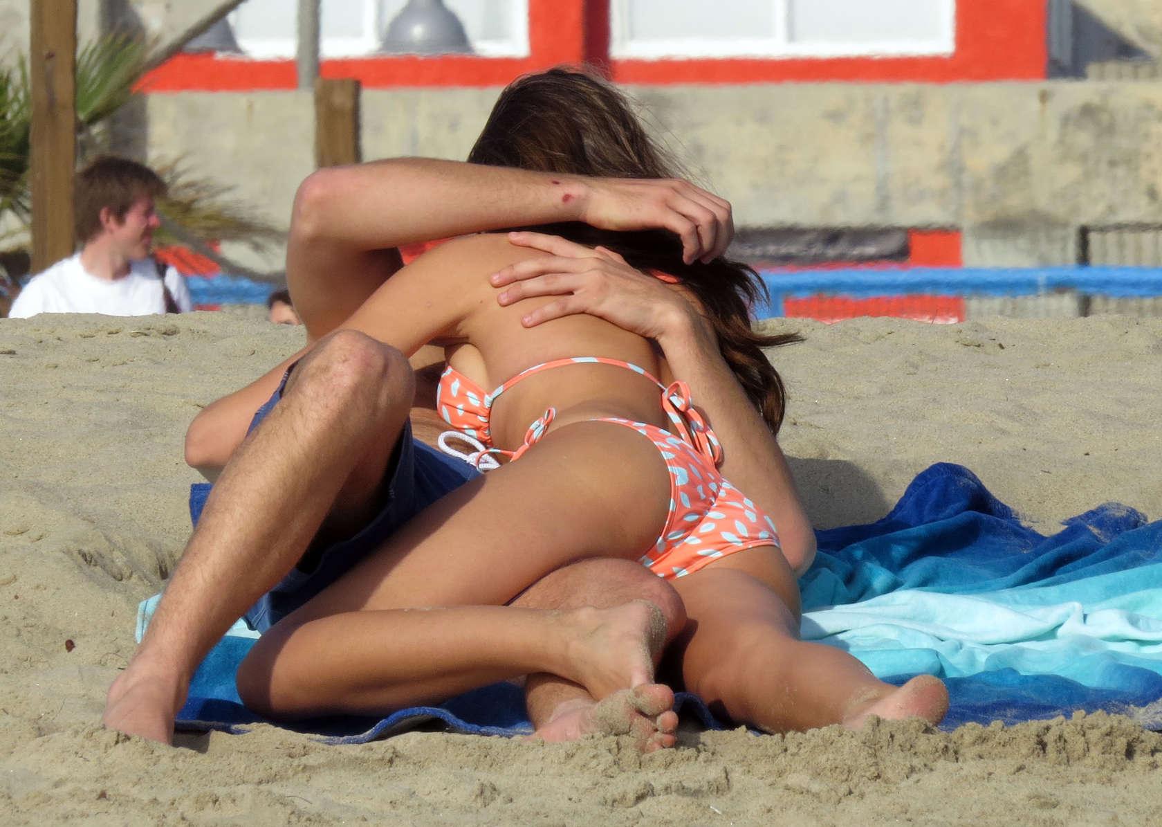 Odette yustman bikini pics