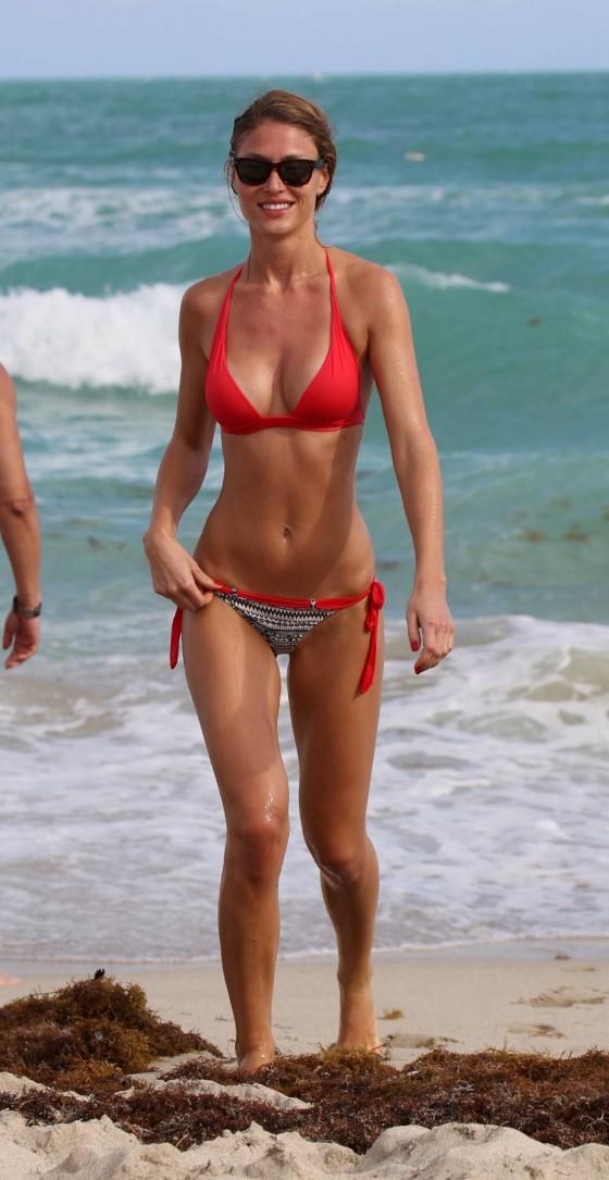 Olga Kent Wearing A Bikini In Miami