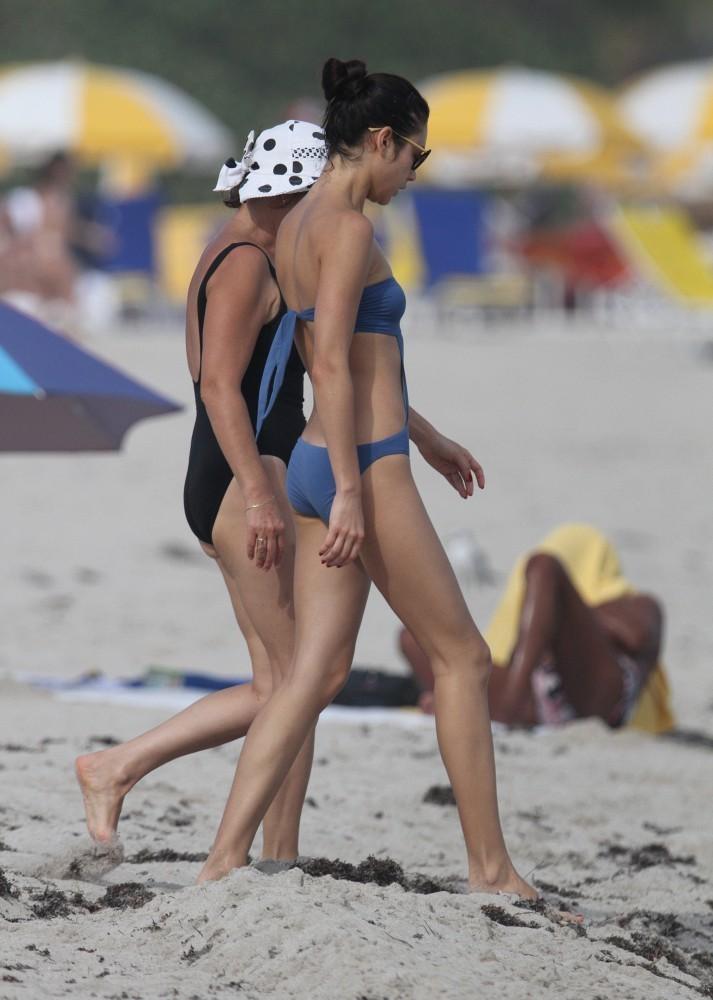 Olga Kurylenko Bikini 17