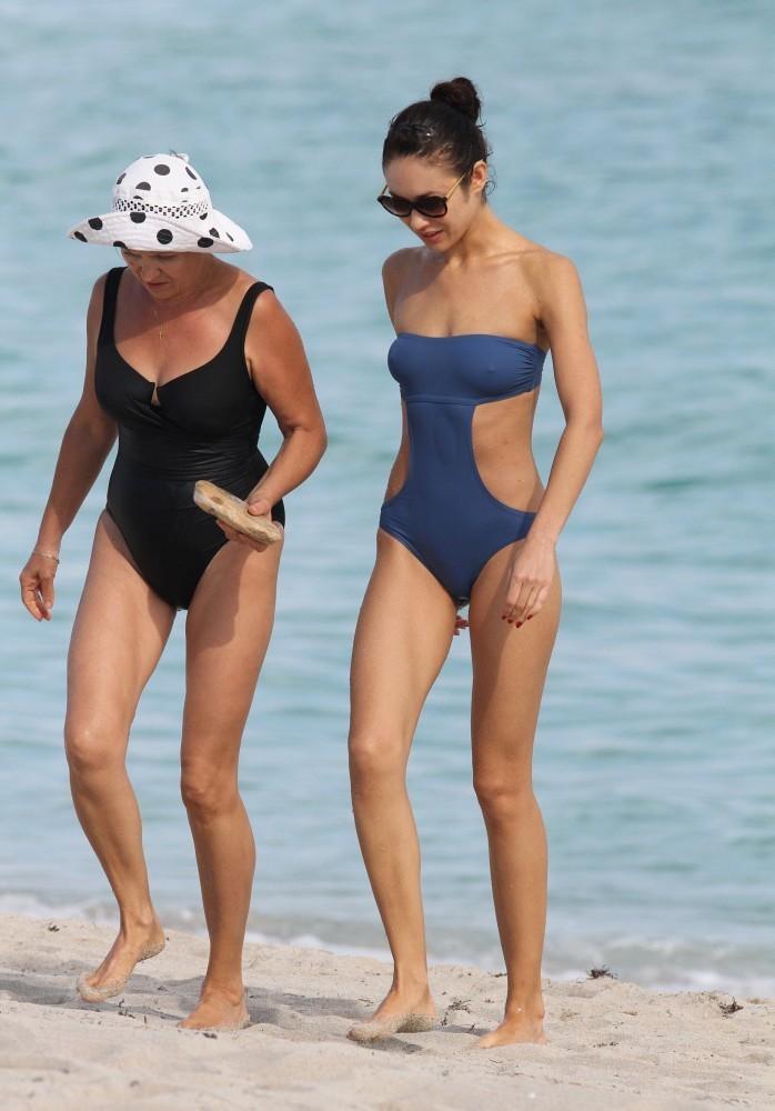 Olga Kurylenko – in bikini -20 – GotCeleb ченнинг татум фото