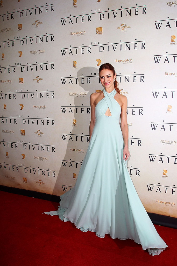 how to become a water diviner