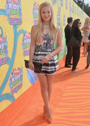 Olivia Holt: 2014 Kids Choice Awards -01