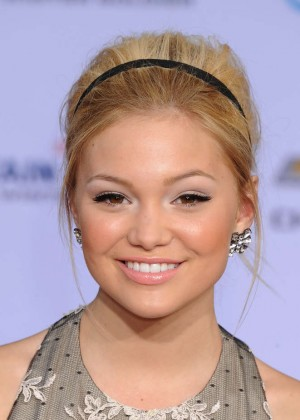 Olivia Holt - Captain America: The Winter Soldier Premiere -06