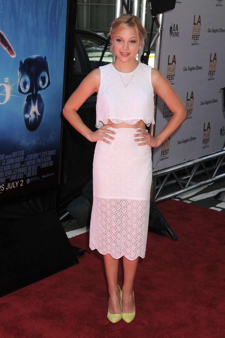 Olivia Holt 2014 : Olivia Holt adorable in white dress -01