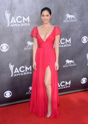 Olivia Munn: 2014 Academy of Country Music Awards -04