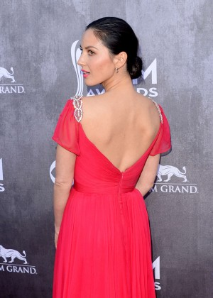 Olivia Munn: 2014 Academy of Country Music Awards -05