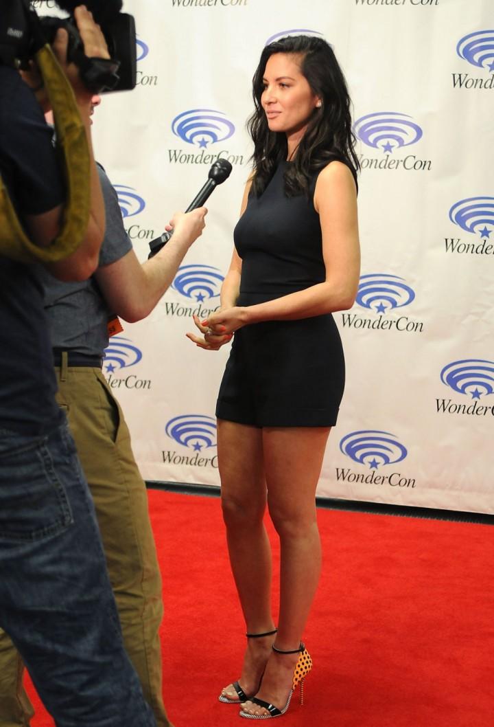 Olivia Munn: 2014 WonderCon -08