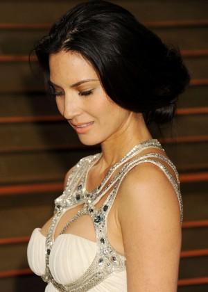 Olivia Munn: Oscar 2014 - Vanity Fair Party -01