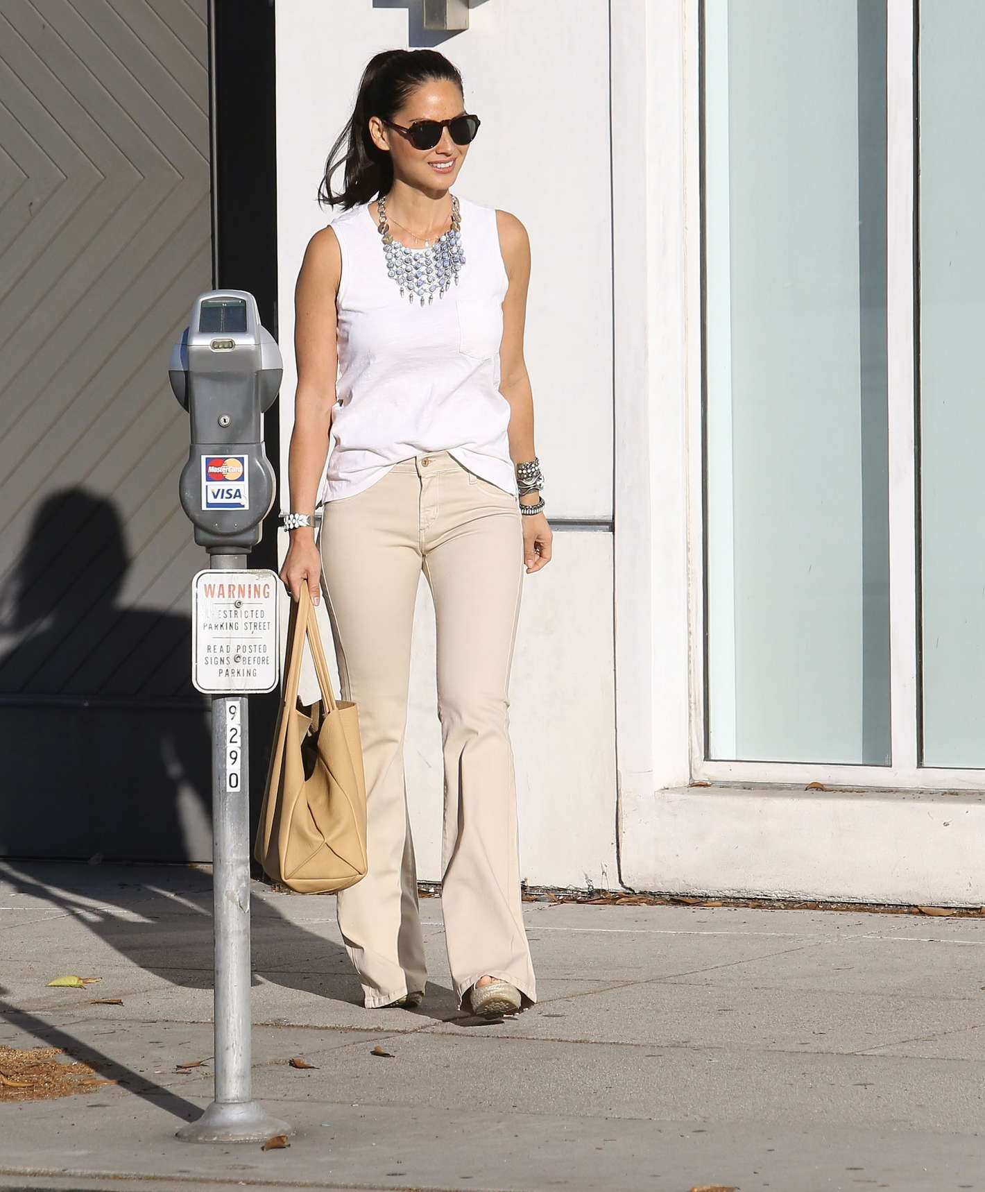 Olivia Munn 2014 : Olivia Munn – out in Beverly Hills -14