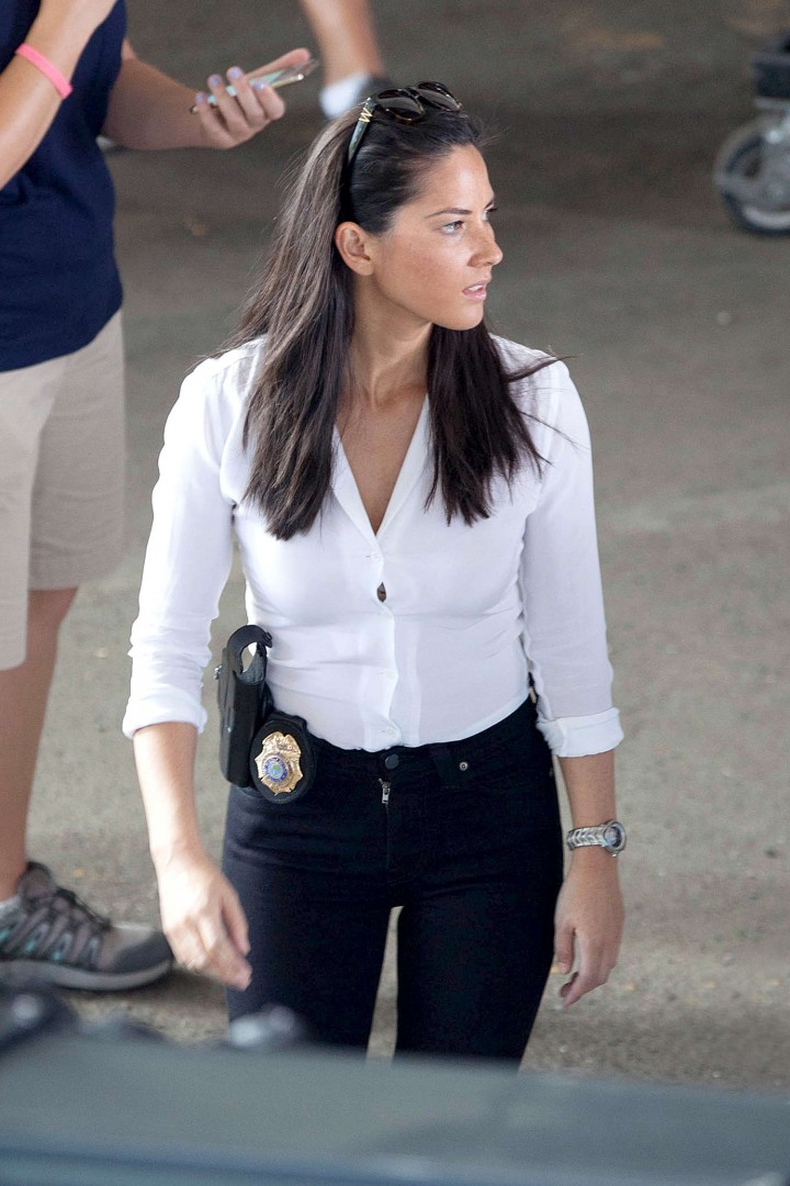 Olivia Munn: Ride Along 2 Set photos-08