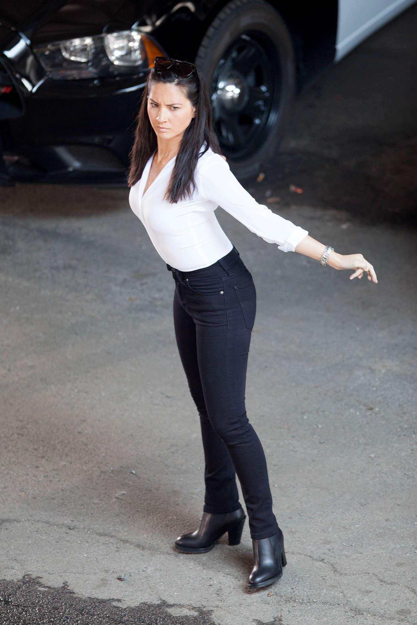"""Olivia Munn Hot in tight black pants at """"Ride Along 2"""" Set in Atlanta"""