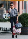 Olivia Munn in tight jeans shopping in New York City -14