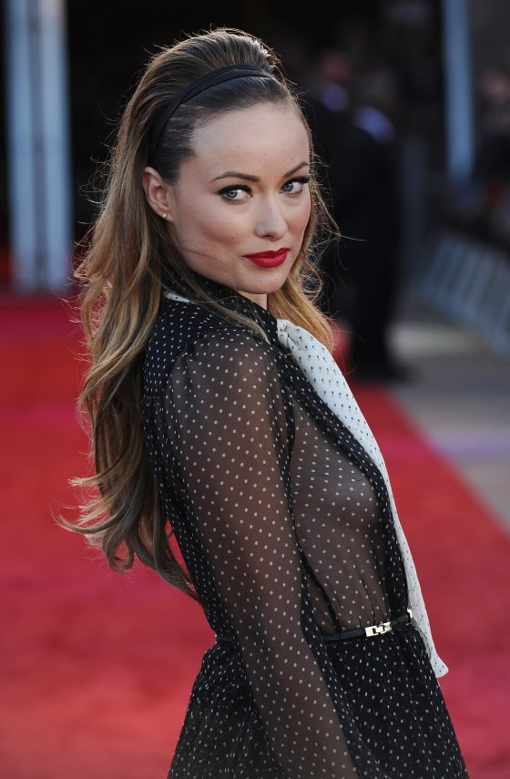 Olivia Wilde At COWBOYS  AND ALIENS premiere in London-01