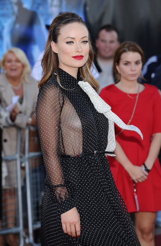 Olivia Wilde At COWBOYS  AND ALIENS premiere in London-05