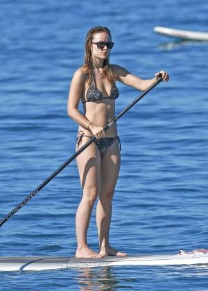 Olivia Wilde in bikini -01