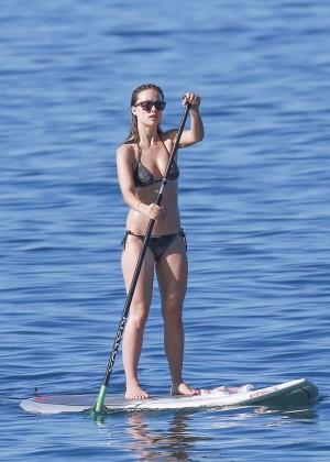 Olivia Wilde in bikini -15
