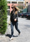 Olivia Wilde - Out for Lunch in Hollywood June 2011