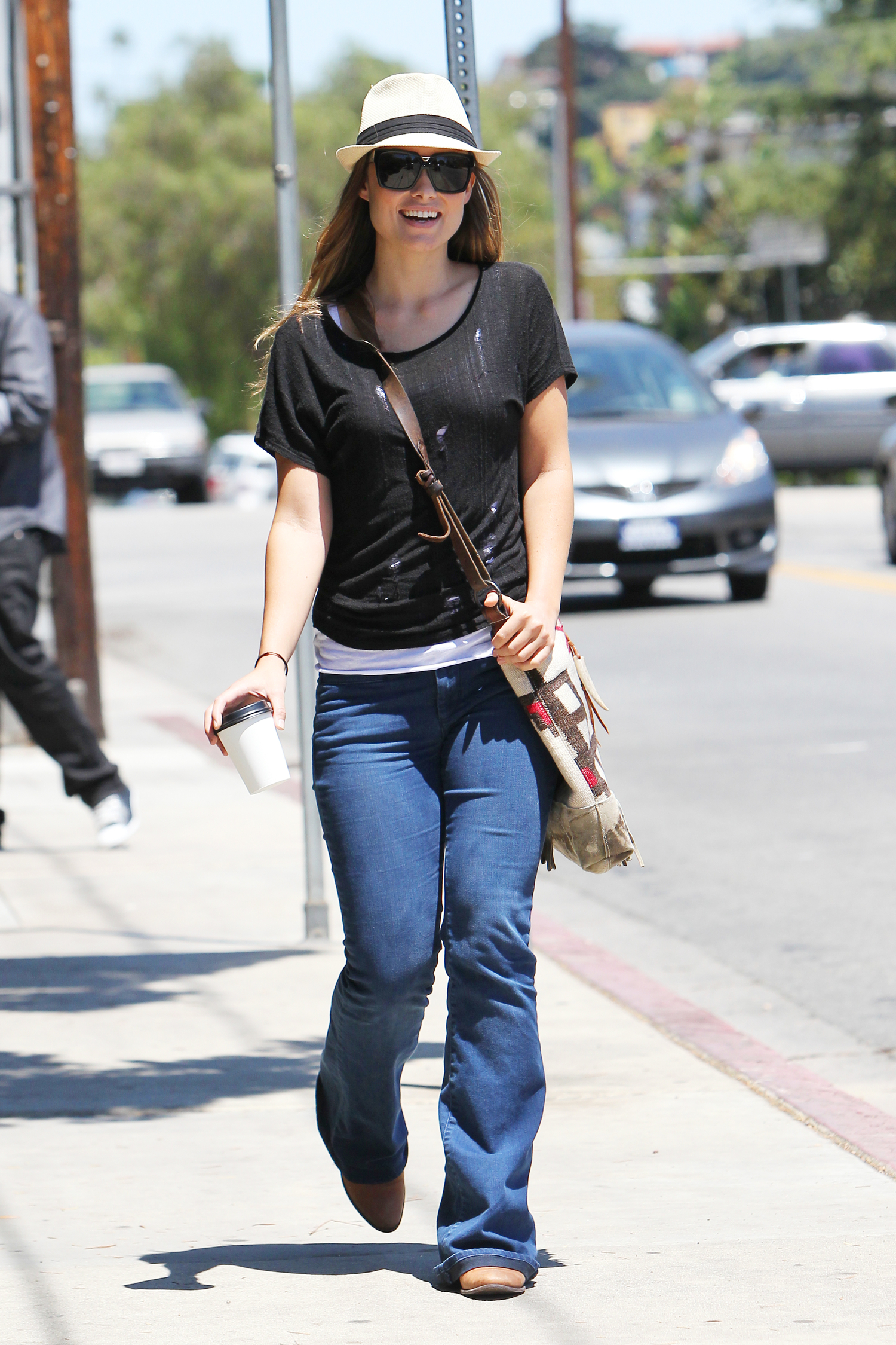Olivia wilde wearing tight jeans in los angeles 06 gotceleb olivia wilde wearing tight jeans in los angeles 06 full size voltagebd Image collections