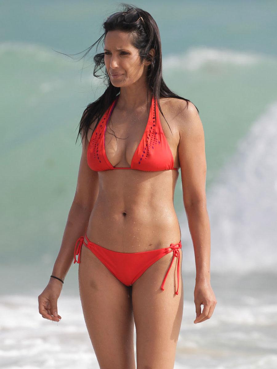 Back to post Padma Lakshmi Bikini Candids at beash in Miami