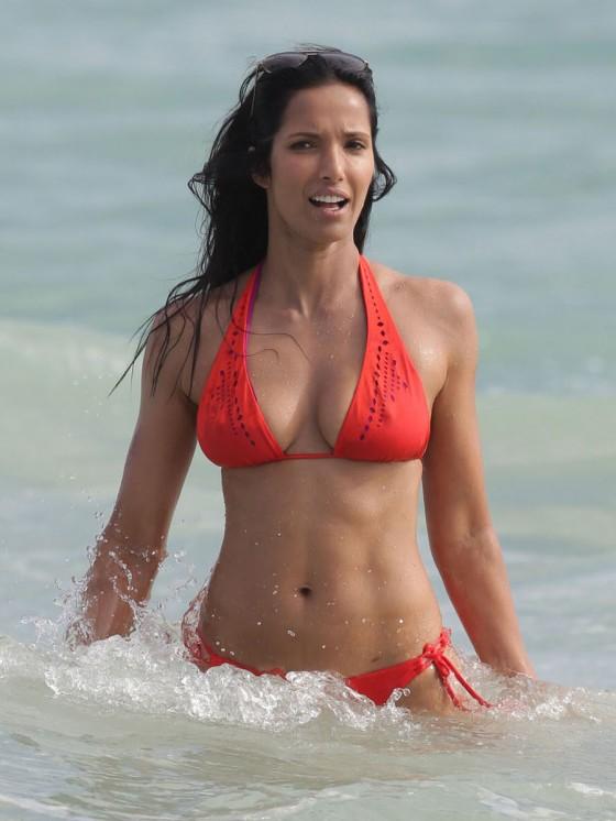Padma Lakshmi Bikini Pics 2013 In Miami 07 GotCeleb