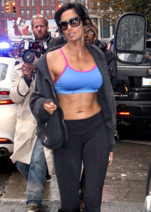 Padma Lakshmi in Sports Bra and Leggings Heading to the Gym in NYC
