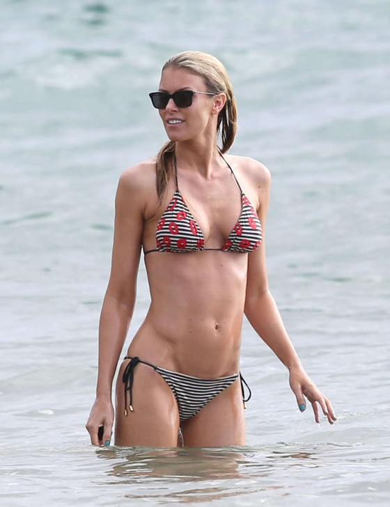 Back to post Paige Butcher – Bikini Candids in Maui