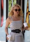 Pamela Anderson at Cafe Luxxe -01