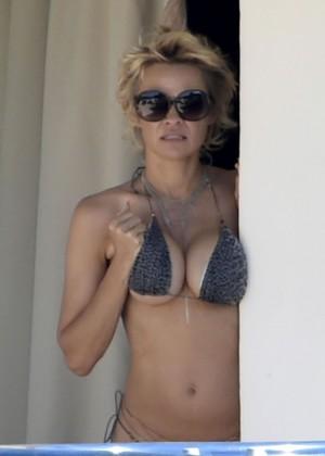 Pamela Anderson: Bikini in Sardinia-23