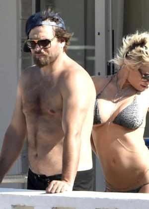 Pamela Anderson: Bikini in Sardinia-24