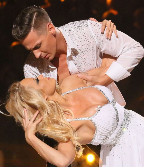 Pamela Anderson - Dancing on Ice UK TV show