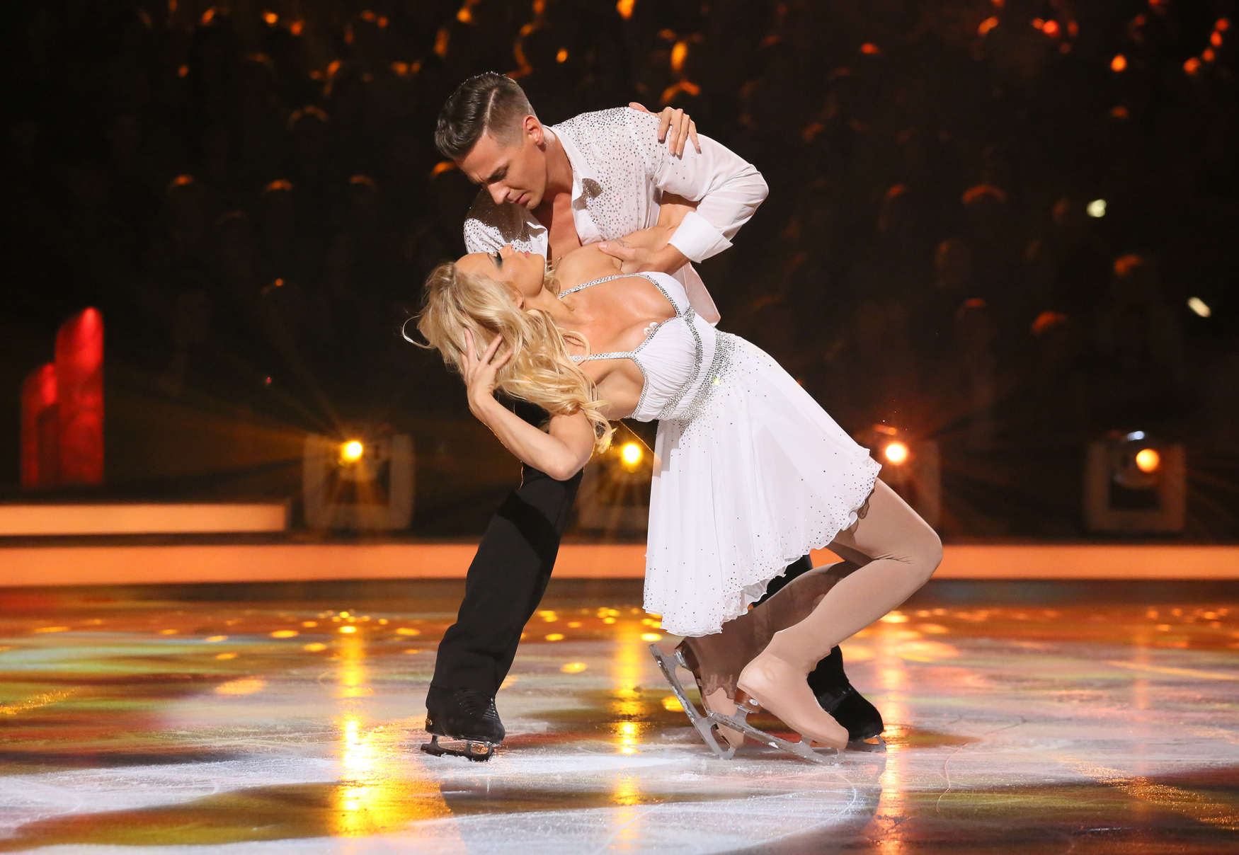 Dancing on Ice lineup confirmed: Who are the celebrity ...