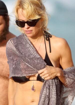 Pamela Anderson in Black Bikini -01
