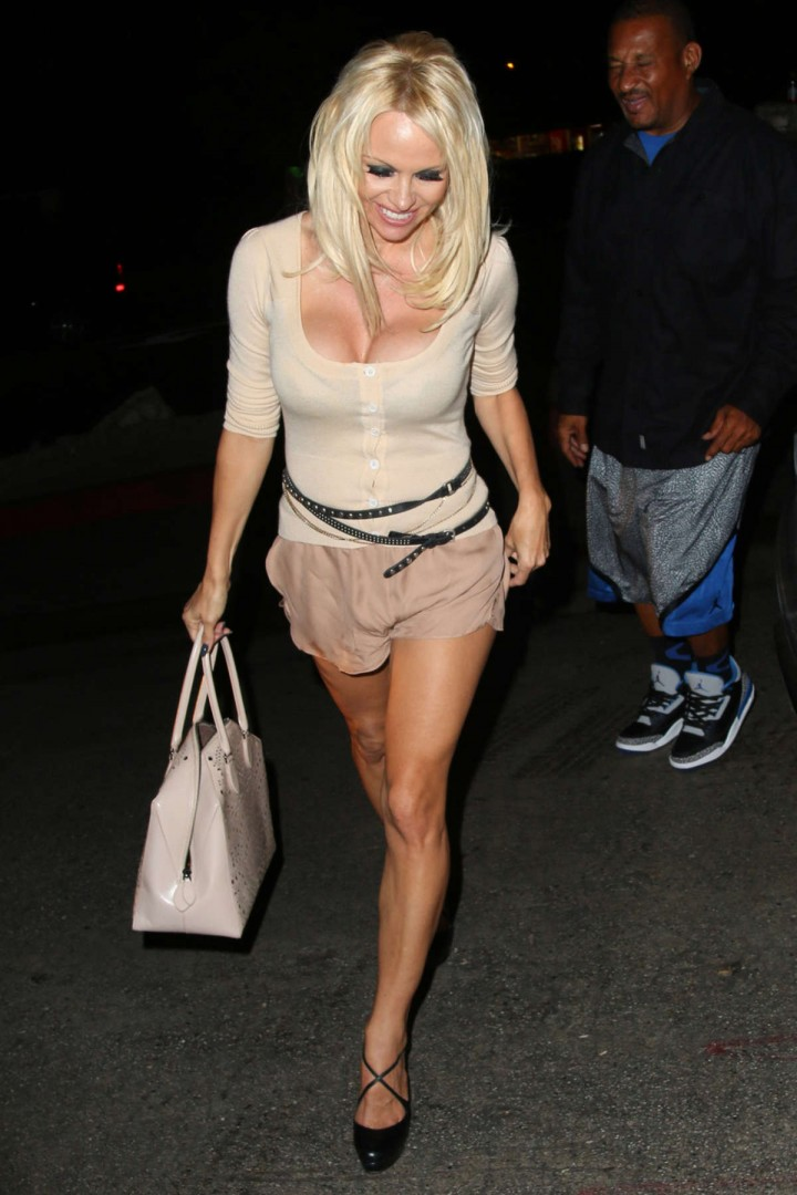 Pamela Anderson out of LA restaurant