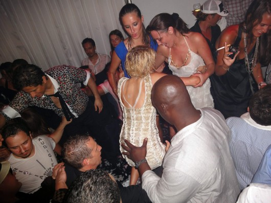 st tropez party clubs to meet