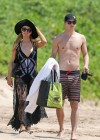 Paris Hilton and River Viiperi On Vacation in Maui -04