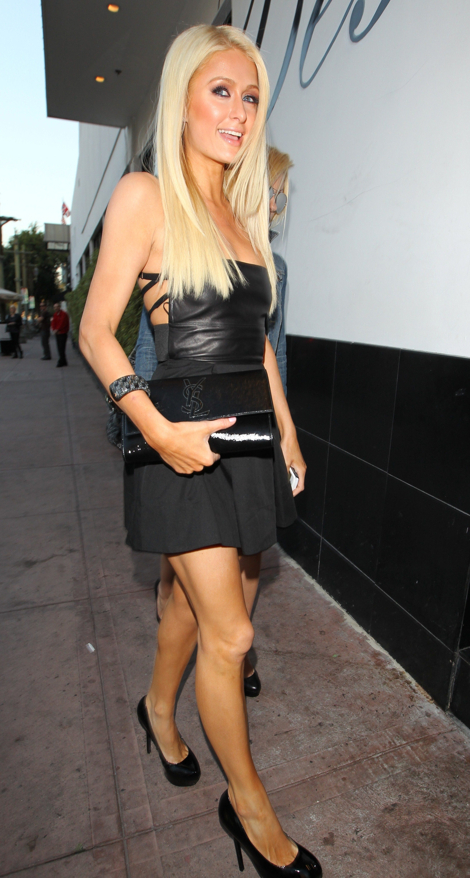paris hilton arrives at beso in hollywood to film her reality tv show june 2011 gotceleb. Black Bedroom Furniture Sets. Home Design Ideas