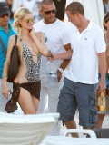 paris-hilton-at-nikki-beach-club-at-pampelonne-beach-12
