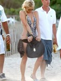 paris-hilton-at-nikki-beach-club-at-pampelonne-beach-22