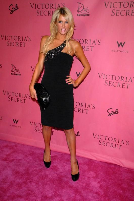 Paris Hilton 2010 : paris-hilton-at-victorias-secret-5th-annual-what-is-s***-event-06