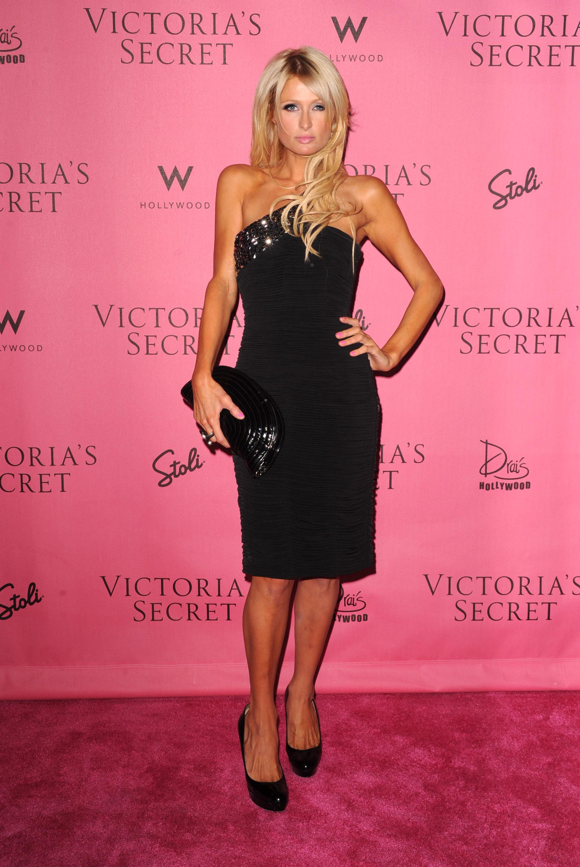 Paris Hilton 2010 : paris-hilton-at-victorias-secret-5th-annual-what-is-sexy-event-08