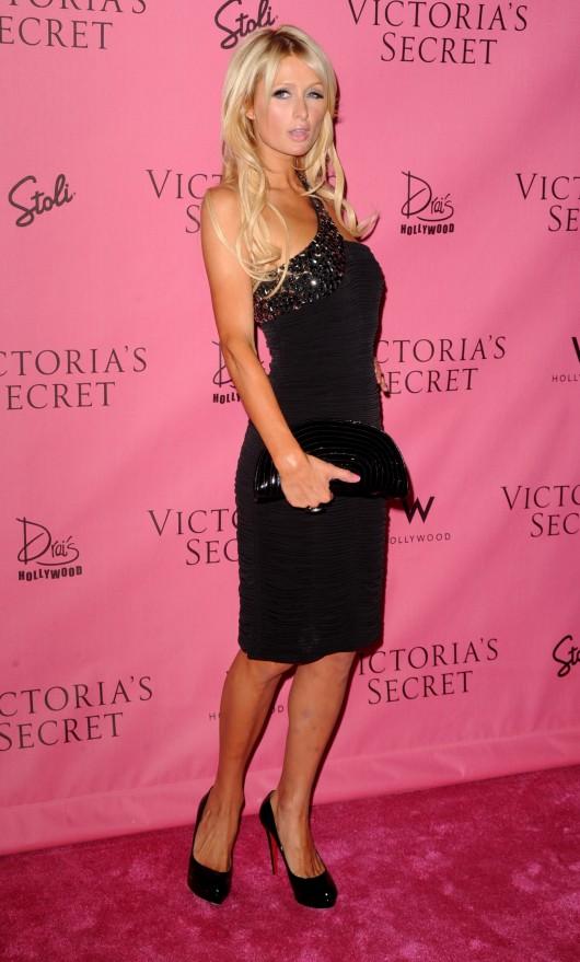 Paris Hilton 2010 : paris-hilton-at-victorias-secret-5th-annual-what-is-s***-event-15