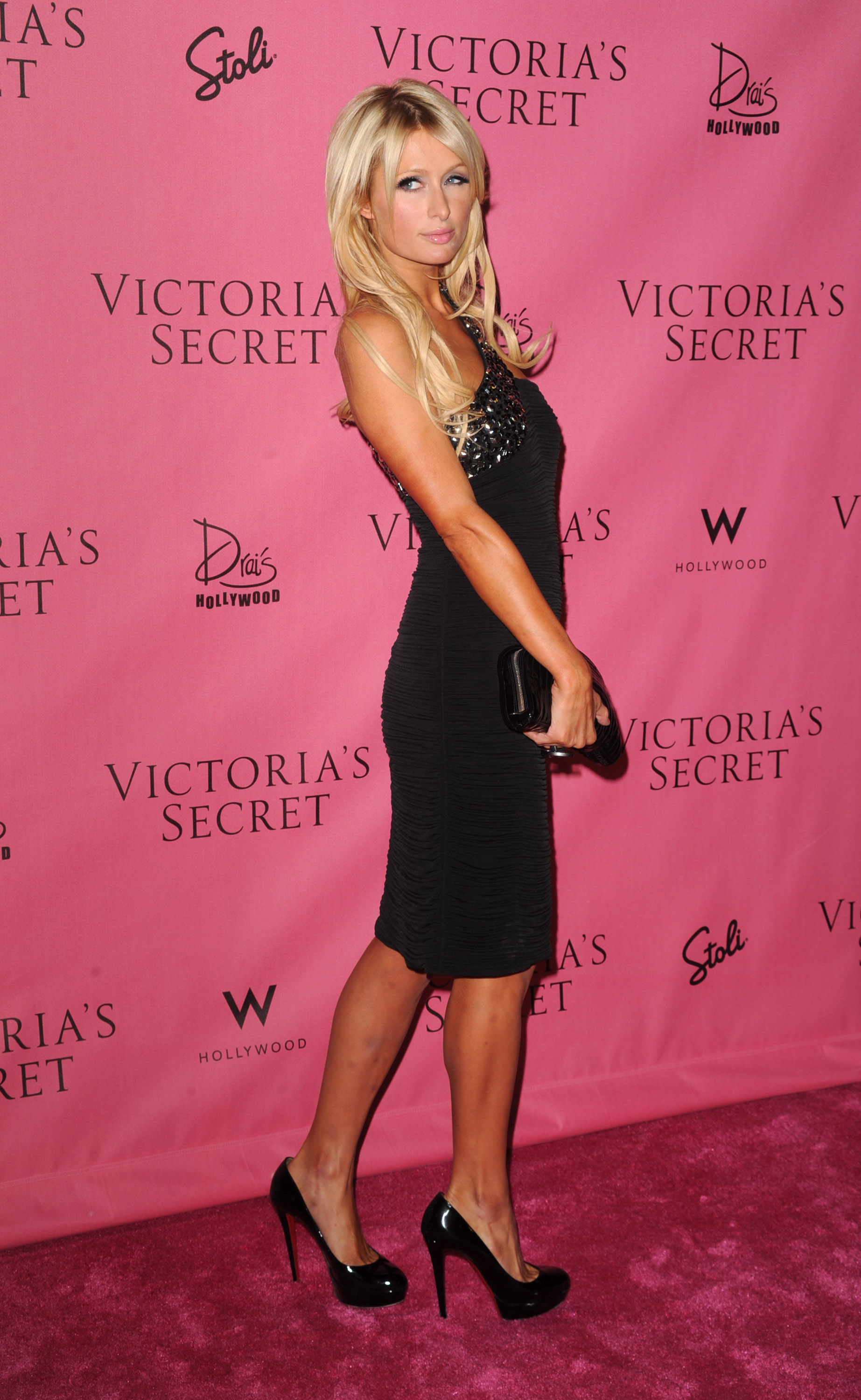 Paris Hilton 2010 : paris-hilton-at-victorias-secret-5th-annual-what-is-sexy-event-18