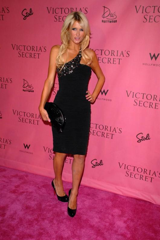 Paris Hilton 2010 : paris-hilton-at-victorias-secret-5th-annual-what-is-s***-event-20