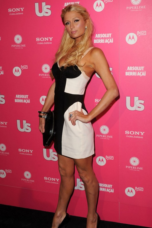 paris-hilton-cleavage-at-the-us-magazine-hot-hollywood-party-07